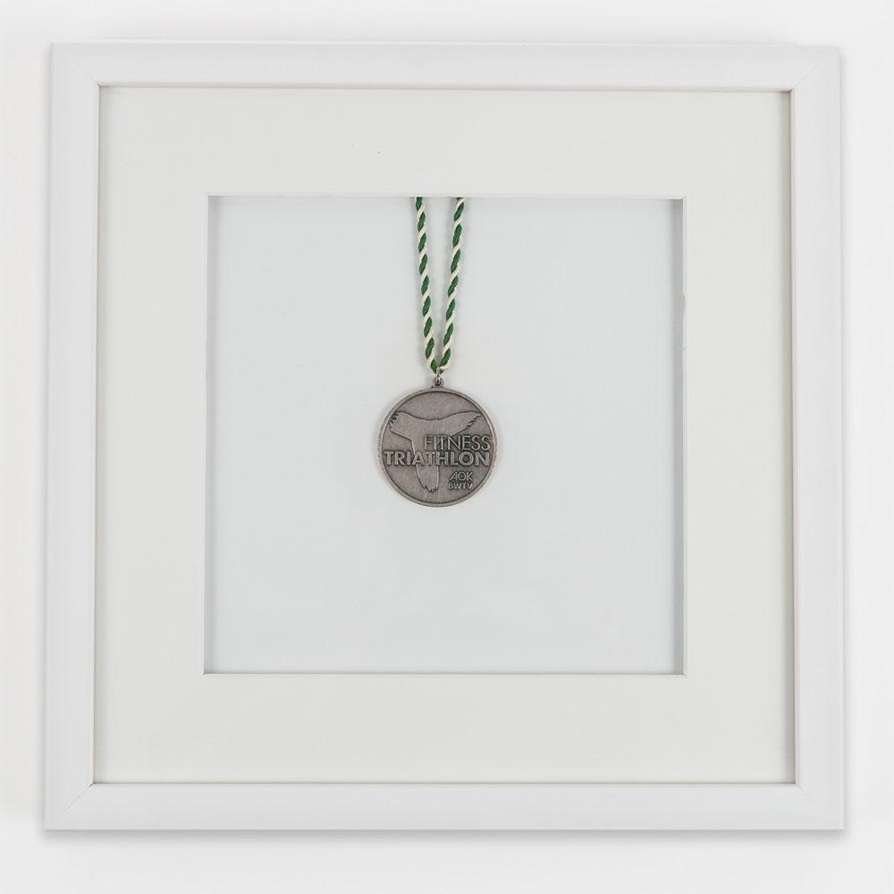 Cornice per medaglie 30x30 cm, bianco