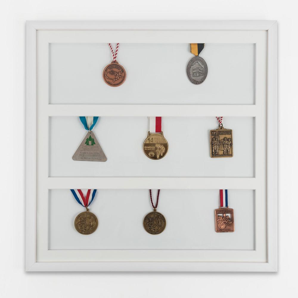 Cornice per medaglie 50x50 cm, bianco
