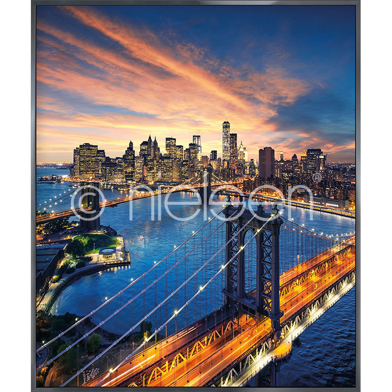 "Immagine incorniciata ""New York City Sunset"" con cornice in alluminio Alpha"