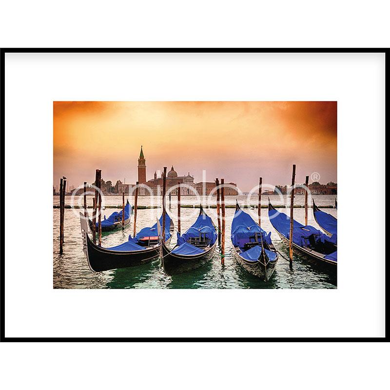 """Immagine incorniciata """"Gondolas moored"""" con cornice in alluminio C2"""