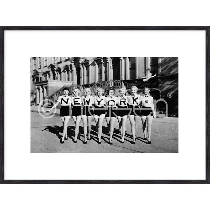 """Immagine incorniciata """"Chorus Line"""" con cornice in legno Quadrum"""